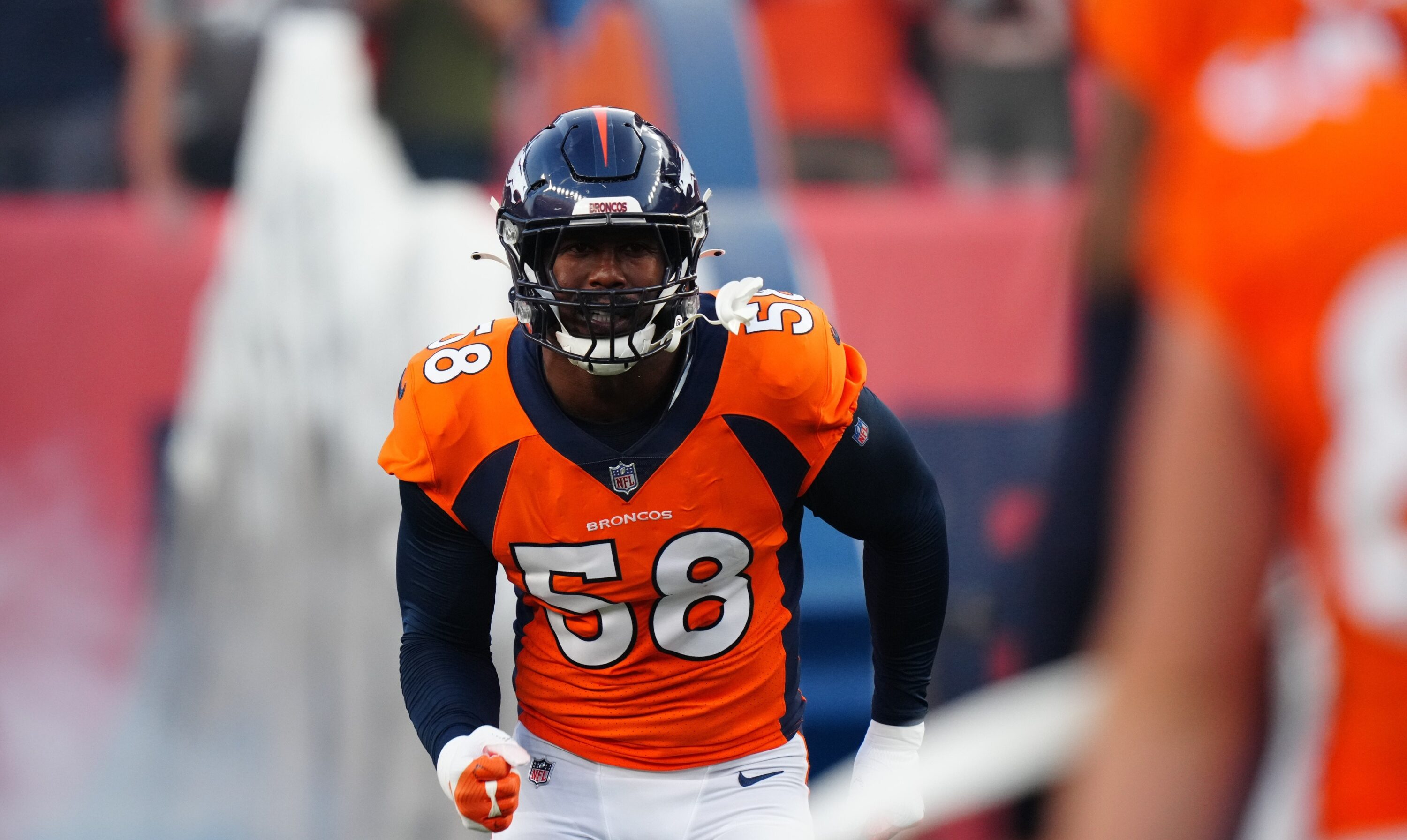 """""""I'm going to go off"""": Von Miller boldly vows to dominate the Browns on Thursday Night Football"""